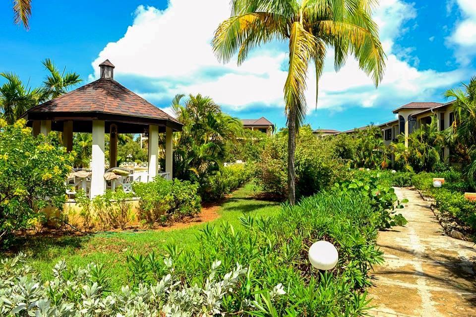 Anguilla real estate in Cove Bay boutique hotel for sale